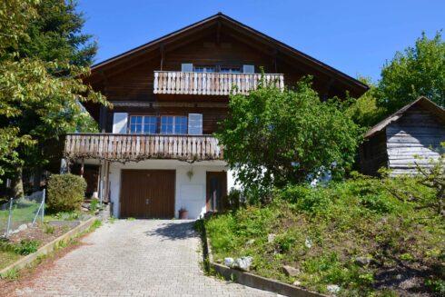 Verkauft: 5.5 - Zi. Einfamilienhaus in Im Feld, 4919 Reisiswil: Wohnen wo andere Ferien machen!