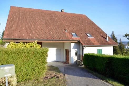 Verkauft: Mehrfamilienhaus in 4625 Oberbuchsiten: Das attraktive Mehrfamilienhaus mit einmaligem Alpenblick