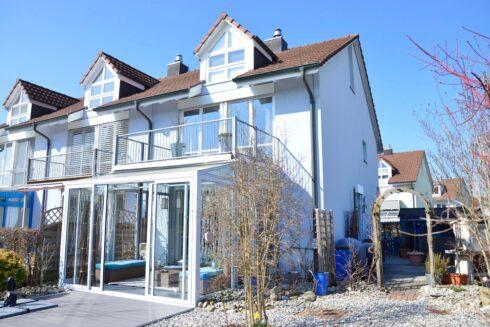 Verkauft: 5.5 - Zi. Reihenhaus in 4802 Strengelbach: Ein Wohntraum an sonniger Lage