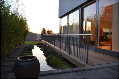 Verkauft: 7.5 - Zi. Einfamilienhaus in 4802 Strengelbach: Lichtdurchflutetes Traumhaus mit freier Sicht in den Jura