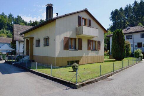 Verkauft: 5 - Zi. Einfamilienhaus in 4805 Brittnau: Der Handwerker-Traum in Brittnau