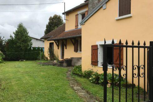 Verkauft: 4.5 - Zi. Einfamilienhaus in  Frankreich: Idyllisches, kleines Ferienhaus