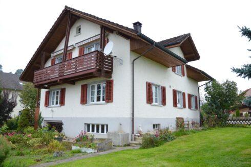 Verkauft: 5 - Zi. Einfamilienhaus in 5057 Reitnau: Ihre Zukunft in Reitnau
