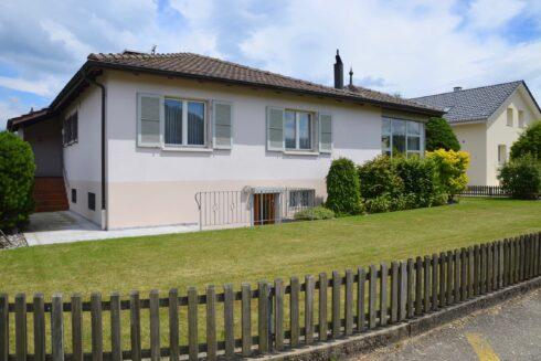 Verkauft: 5.5 - Zi. Einfamilienhaus in 4805 Brittnau: Idyllisches Eigenheim mit Wintergarten