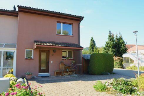 Verkauft: 4.5 - Zi. Reiheneinfamilienhaus in 4805 Brittnau: Das sonnige Plätzchen in Brittnau