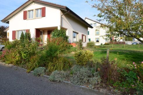 Verkauft: 6 - Zi. Einfamilienhaus in Sonnenweg 4, 4665 Oftringen: Ihr Zuhause mit viel Umschwung