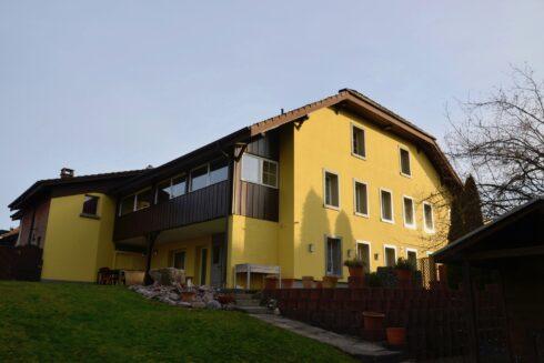 Verkauft: 7 - Zi. Einfamilienhaus in 4852 Rothrist: Das Raumwunder im Herzen von Rothrist