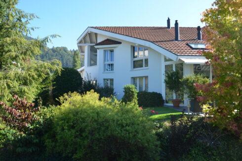 Verkauft: 6.5 - Zimmer Einfamilienhaus in 4806 Wikon: Hier trifft Eleganz auf Einzigartigkeit