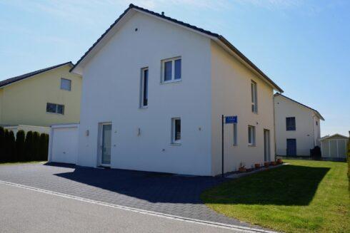 Verkauft: 5.5 - Zi. Einfamilienhaus in 4852 Rothrist: Stilvolles Einfamilienhaus in schönem Wohnquartier