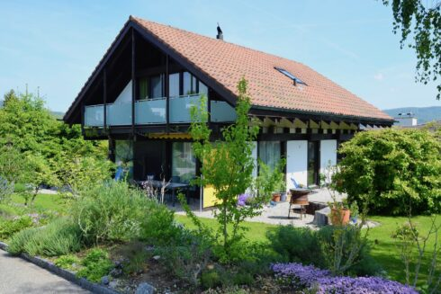 Verkauft: 6. 5 - Zi. Einfamilienhaus in 4852 Rothrist: Charmantes Einfamilienhaus mit Traumgarten