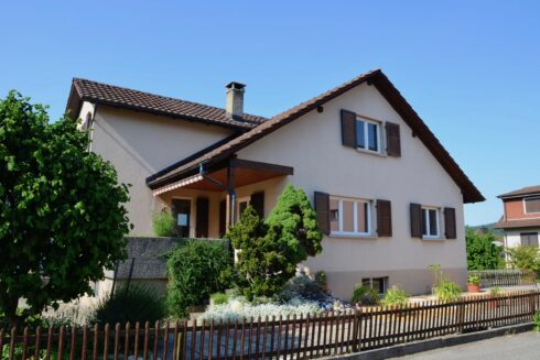 Verkauft: 4.5 - Zi. Einfamilienhaus in 4805 Brittnau: Das Eigenheim für Kreative
