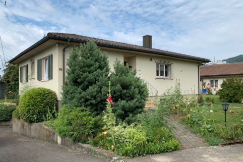 Verkauft:  4.5 - Zi. Einfamilienhaus in 4663 Aarburg: Eigenheim mit Liebe zum Grünen