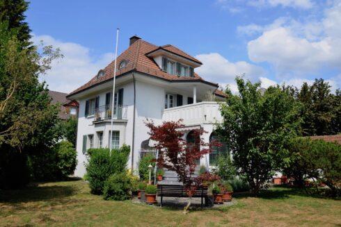 Verkauft: 7.5 - Zi. Einfamilienhaus in 4800 Zofingen: Charme und Idylle vereint