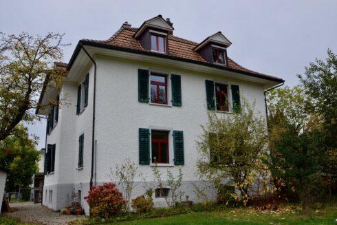 Verkauft: 11 - Zi. Liegenschaft in 4800 Zofingen: Gut unterhaltenes Jugendstilhaus an attraktiver Lage mit zusätzlicher Baulandparzelle