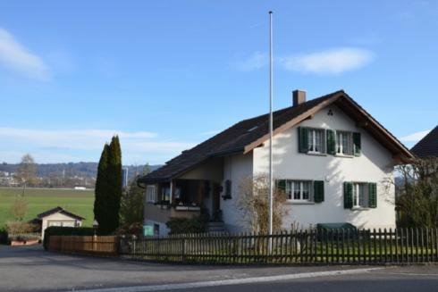 Verkauft: 4.5 - Zi. Einfamilienhaus in 4802 Strengelbach: Liegenschaft mit viel Potential!