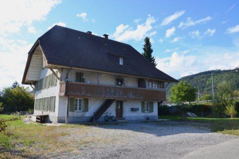 Verkauft: Wohnhaus und Bauland in 4852 Rothrist: Realisieren Sie Ihr Bauvorhaben - oder seien Sie kreativ!