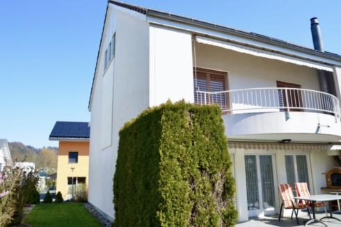 Verkauft: 6.5 - Zi. Einfamilienhaus in 4805 Brittnau: Raumwunder an ruhiger Lage