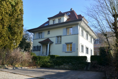 Verkauft: 11 - Zi. Einfamilienhaus in 4853 Murgenthal: Schmuckstück mit vielen Möglichkeiten!