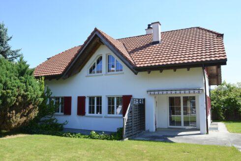 Verkauft: 6.5 - Zi. Einfamilienhaus in 4805 Brittnau: Ein sonniges Paradies in Brittnau