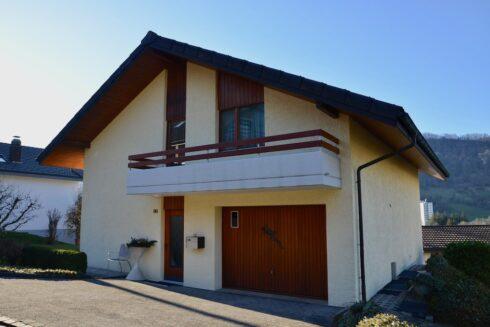 Verkauft: 7.5 - Zi. Einfamilienhaus in 4663 Aarburg: Wohnen mit Aussicht auf den Born