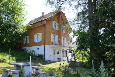 Verkauft: 5.5 - Zi. Einfamilienhaus in 4852 Rothrist: Gemütliches Zuhause an traumhaft idyllischer Lage