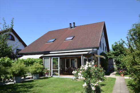Verkauft: 5.5 - Zi. Einfamilienhaus in 4663 Aarburg: Idyllisches Wohnen in Aarburg