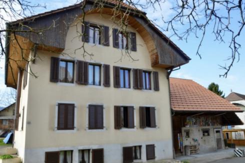 Verkauft: 2-Familienhaus in 4852 Rothrist: Haus voller Möglichkeiten und Ausbaupotential