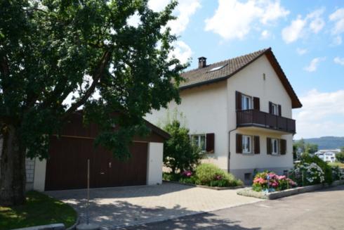 Verkauft: 5.5 - Zi. Einfamilienhaus in 4665 Oftringen: Vielseitiges Zuhause mit viel Umschwung
