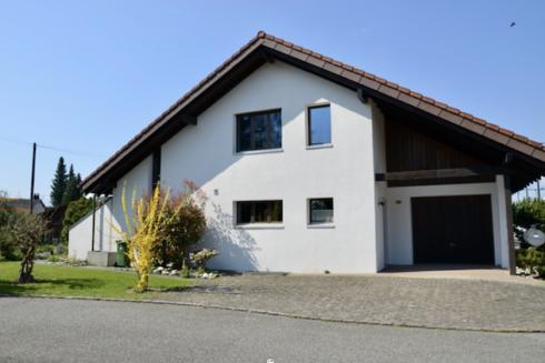 Verkauft: 4.5 - Zi. Einfamilienhaus in 4663 Aarburg: Einfamilienhaus mit liebevoll gepflegter Gartenanlage