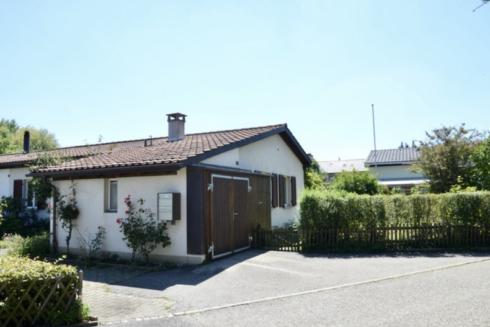 Verkauft: 4.5 - Zi. Einfamilienhaus in 4663 Aarburg: Einfamilienhaus für Leute mit Geschick und Ideen