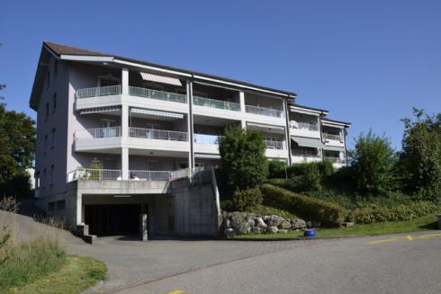 Verkauft: 8 - Zi. Wohnung in 4665 Oftringen: Zwei renovierte Wohnungen – attraktive Rendite – viele Möglichkeiten