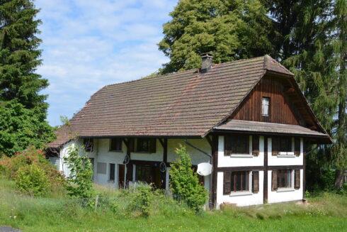 Verkauft: 7.5 - Zi. Einfamilienhaus in 6264 Pfaffnau: Bauernhaus mit Umbaupotential