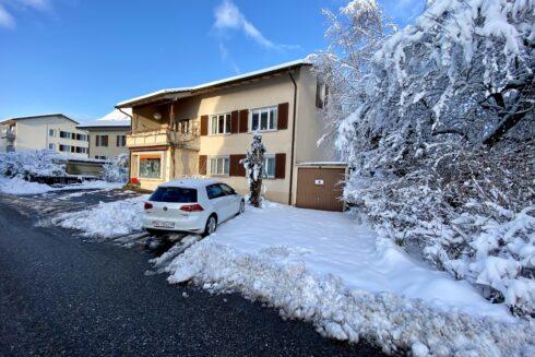 Verkauft: Zweifamilienhaus in  4665 Oftringen: Renditeliegenschaft mit Bauland