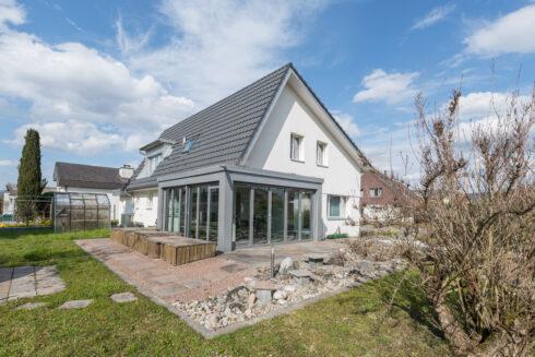 Verkauft: 5.5 Zimmer Einfamilienhaus in 4802 Strengelbach: Top gepflegt! Neuwertiges Einfamilienhaus an attraktiver Lage