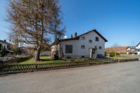 Verkauft: 5.5 Zimmer Einfamilienhaus in 4803 Vordemwald: Haus mit grosszügigem Umschwung an sonniger Lage