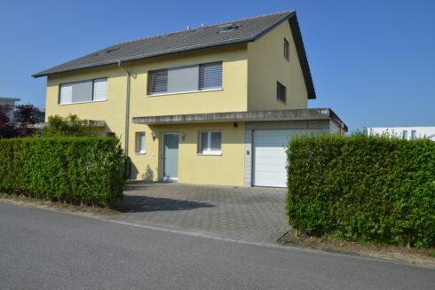 Verkauft: 4.5 Zimmer Einfamilienhaus in 4852 Rothrist: Ihr Wohntraum an ruhiger Lage